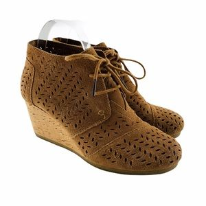TOMS Desert Wedge Lace Up Perforated Ankle Boot